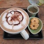Angel's Secrets Cafe Foto