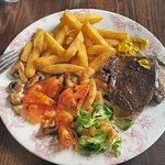 A delicious steak meal with wine for just £10 at The Hatch