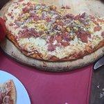 Buen Caldillo y pizza