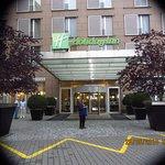 Entrance to Holiday Inn Congress centre