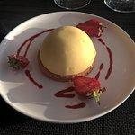 Dessert Dôme vanille à la fraise