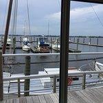 Foto di Persimmons Waterfront Restaurant