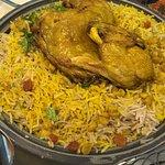مطعم يجمع الاكل الخليجي و الشامي  موجود ببرج جاسم الدور الأرضي   أكلهم يعتبر متوسط خدمتهم كويسة