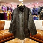 NZ made, lambs leather and shearling jacket by Skindeep.
