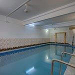 OYO 3415 Hotel Heera Court