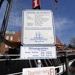 Öffnungszeiten Tourismusschiff