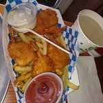Foto de Tom's Fish and Chips