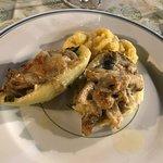 Cestino di patate e funghi