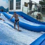 曼谷人造冲浪乐园照片