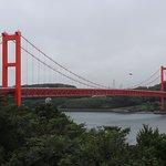 平戸地区のある橋の展望休憩所からの橋の眺め。