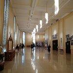 Фойе перед входом в зал
