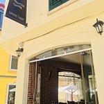 Foto de KECH Restaurant & Lounge