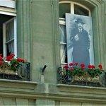 Einstein im Fenster