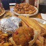 Foto de Oak Island Restaurant