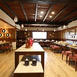 Earthen Oven - Fortune Inn Haveli Gandhinagar