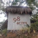 Ella 98 acres hotel