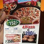 Pizza star and punjabi tandoor multi cuisine restaurant Kamla baugh Porbandar