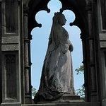 Queen Victoria Monument Picture