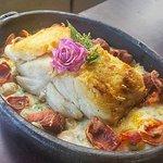 Bacalhau com Nhoque de Queijo Canastra e Presunto Parma