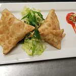 Red fort meat and veg samosa starter
