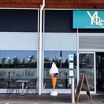 Welcome to Yolo gastro bar & grill
