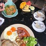 Peony Cafe & Restaurantの写真