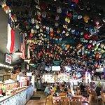 صورة فوتوغرافية لـ Phil's Bar-B-Que Pit