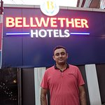 OYO 9560 Hotel Bellwether