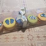 Baby shower macarons
