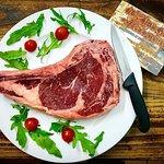 Costata di Bue Rosso, una squisitezza tutta sarda. Carne frollata per oltre 60 giorni.