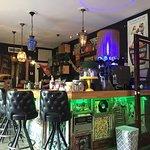 Bar is sinds 8 maanden omgebouwd tot een Cubaans café, echt heel sfeervol