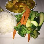 CURRY SHRIMP SAUTÉED IN COCONUT CURRY WITH JASMINE RICE AND VEGETABLES