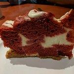Raspberry Greek yoghurt cheesecake