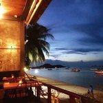 LINK Cuisine & Lounge