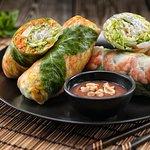 Sommerrollen mit Tofu oder Crevetten/Summer rolls with tofu or shrimps/Goi cuon chay/tom