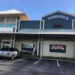 Фотография Howard's Market & Deli