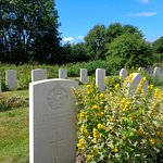 Nearby graves of fallen aircrew