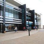 Foto de Westwood Cross Shopping Centre