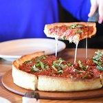 صورة فوتوغرافية لـ Old Chicago Pizza and Taproom