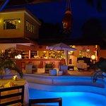 Foto de Bliss Restaurant Lounge Bar Pool