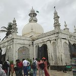 The main Dargah
