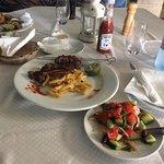 Foto di Mythos Greek Tavern and Lounge
