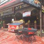 Pyramids Restaurant Foto