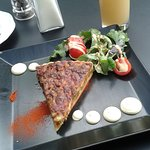 Grapefruit juice and quiche with sald at 10.50 €