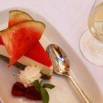 Cheesecake all'anguria. Delicatissima e rinfrescante