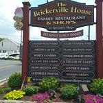 Foto de Brickerville House