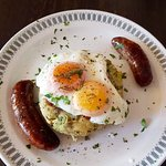 Bubble & squeak, sausages and poached egg