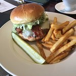 Cape Grille Cheeseburger!