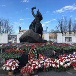 Zdjęcie Anatoly Bredov Monument