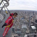 Foto Edge Walk at the CN Tower